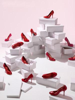 婚纱礼服如何与婚鞋对号入座