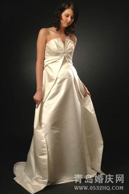 孕妇婚纱怎么选及注意事项