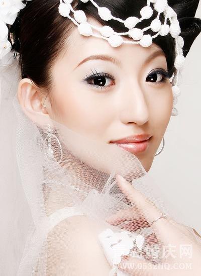 新娘如何选择适合自己的妆面及造型
