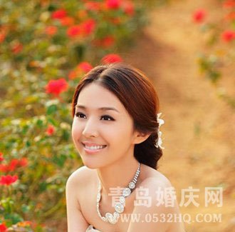 2012温婉可人新娘发型图片欣赏