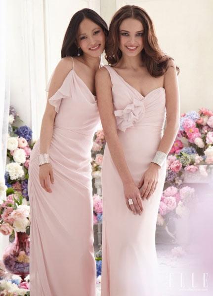 不同类型婚礼伴娘礼服的选择要点