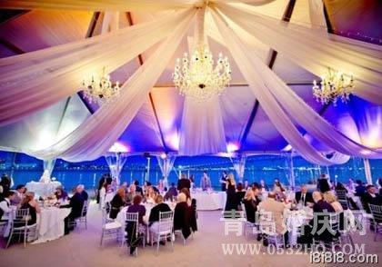 大气奢华的婚礼现场布置图片欣赏
