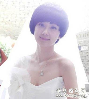齐刘海新娘造型1