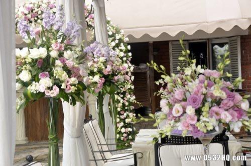 梦幻绚丽的紫色主题婚礼图片