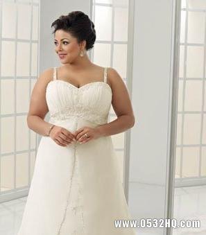 胖新娘挑选婚纱攻略 胖新娘穿什么婚纱好看