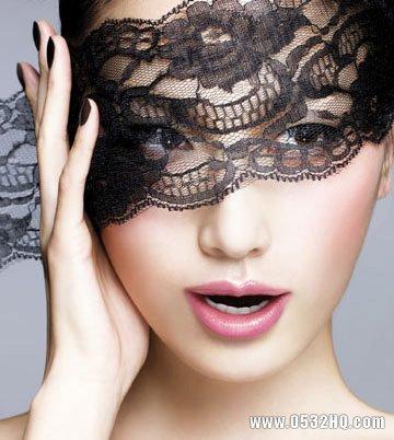 准新娘婚前唇部护理及唇妆画法