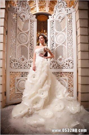 2013唯美婚纱礼服欣赏 静享美丽传说
