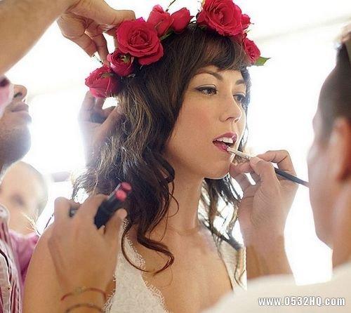 法式浪漫婚礼新娘发型 亲和力的示范