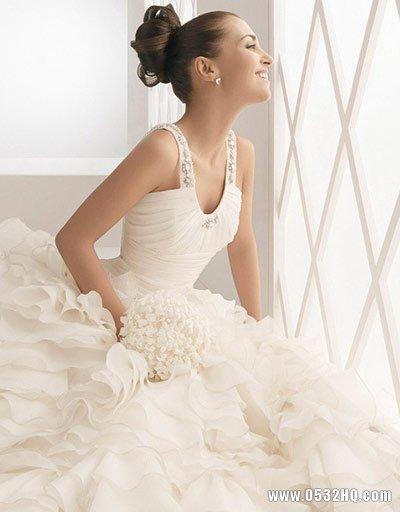 准新娘挑选婚纱礼服避免几个误区