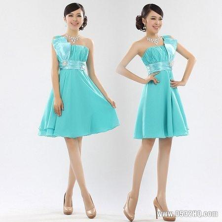 四招打造潮流时尚伴娘服小技巧