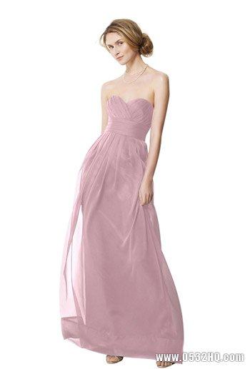 淡雅水彩色伴娘长裙打造完美伴娘