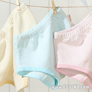怎么给宝宝选小内裤?宝宝穿衣需注意