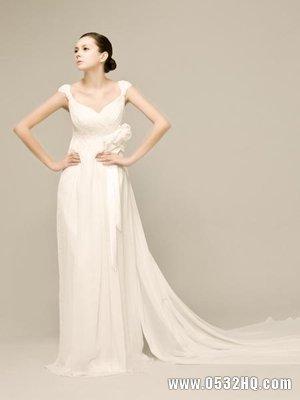优雅白色婚纱 飘逸白纱装扮最美新娘