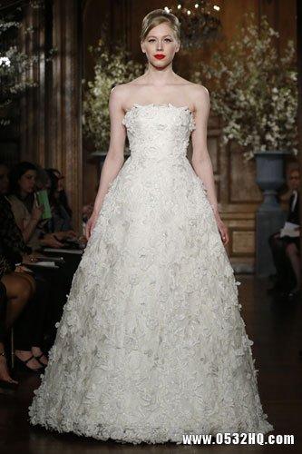 华丽高贵新娘礼服 端庄大气凸显女神气质