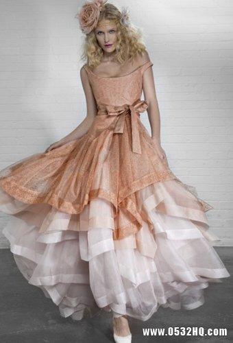 Vivienne Westwood秋季婚纱 另类时尚的经典