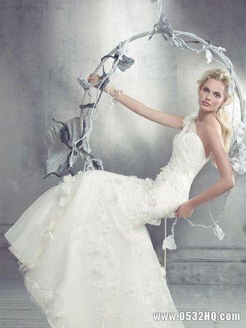 仙女气质白色婚纱打造纯净唯美新娘