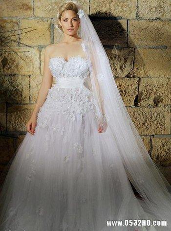 唯美轻熟女婚纱 让大女人变得小鸟依人