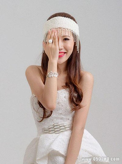 美丽新娘发型装饰 展现性感迷人气质