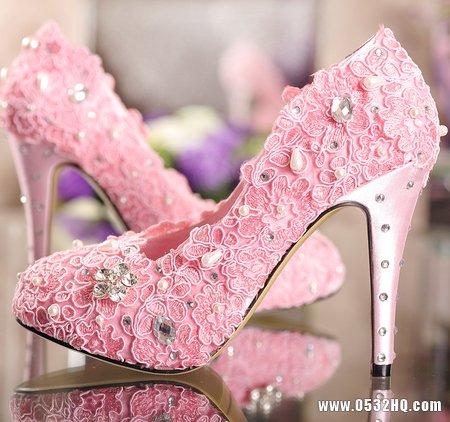 完美新娘始于足下 新娘浪漫婚鞋推荐