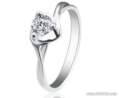 怎样挑选有保值功能的结婚钻戒