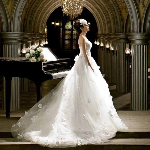 婚纱礼服挑选建议 婚纱照礼服如何选
