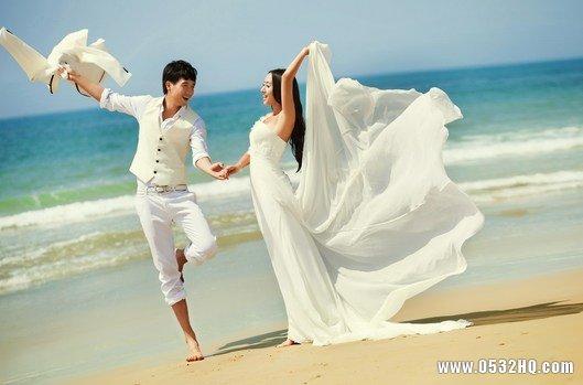 拍海景婚纱照的穿什么婚纱好看