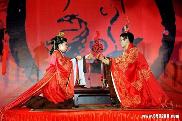汉式婚礼主持人台词 庄重文雅!
