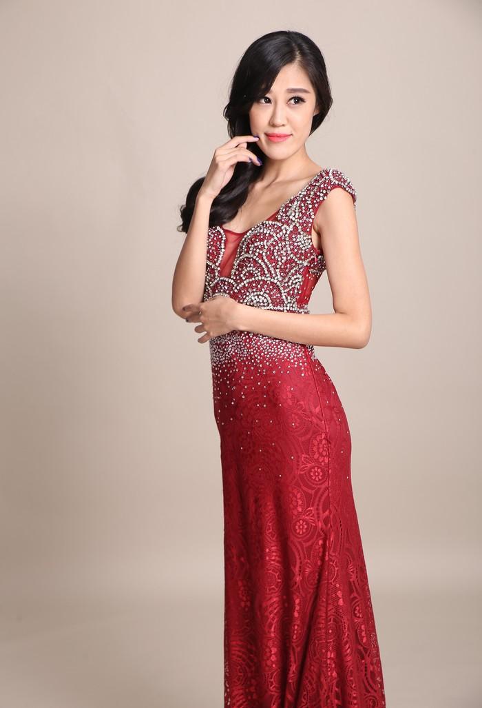 浓浓中国味的新娘晚礼服