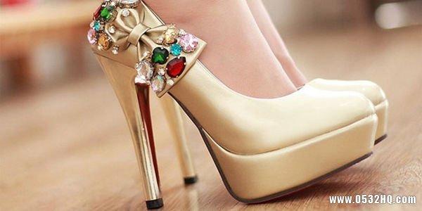 新娘选择婚鞋要考虑什么细节