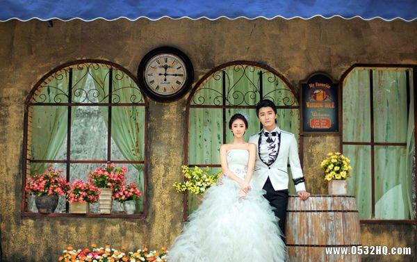 外景婚纱摄影服装的选择与注意