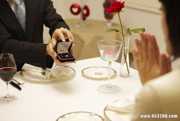 新郎求婚最佳时间 新郎什么时候求婚