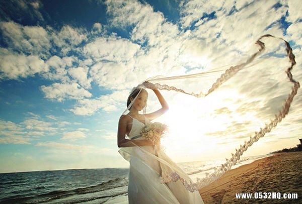 胖新娘挑选婚纱注意扬长避短