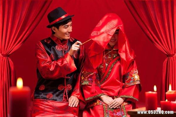 中式婚礼新郎穿什么与服装搭配