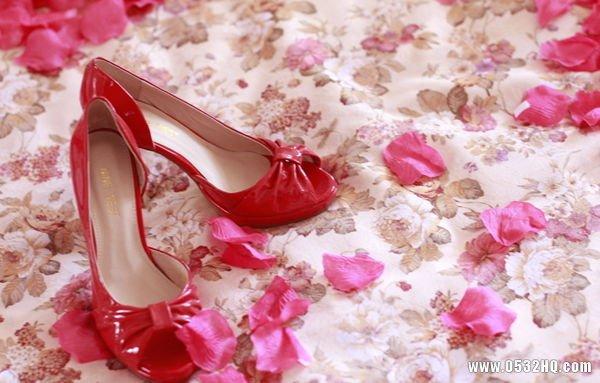 婚鞋只能穿一次吗 传统的婚鞋习俗
