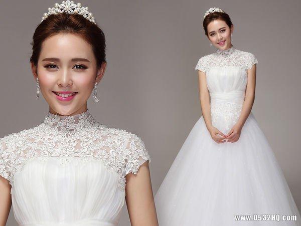 冬季婚纱照必选高领式婚纱盘点