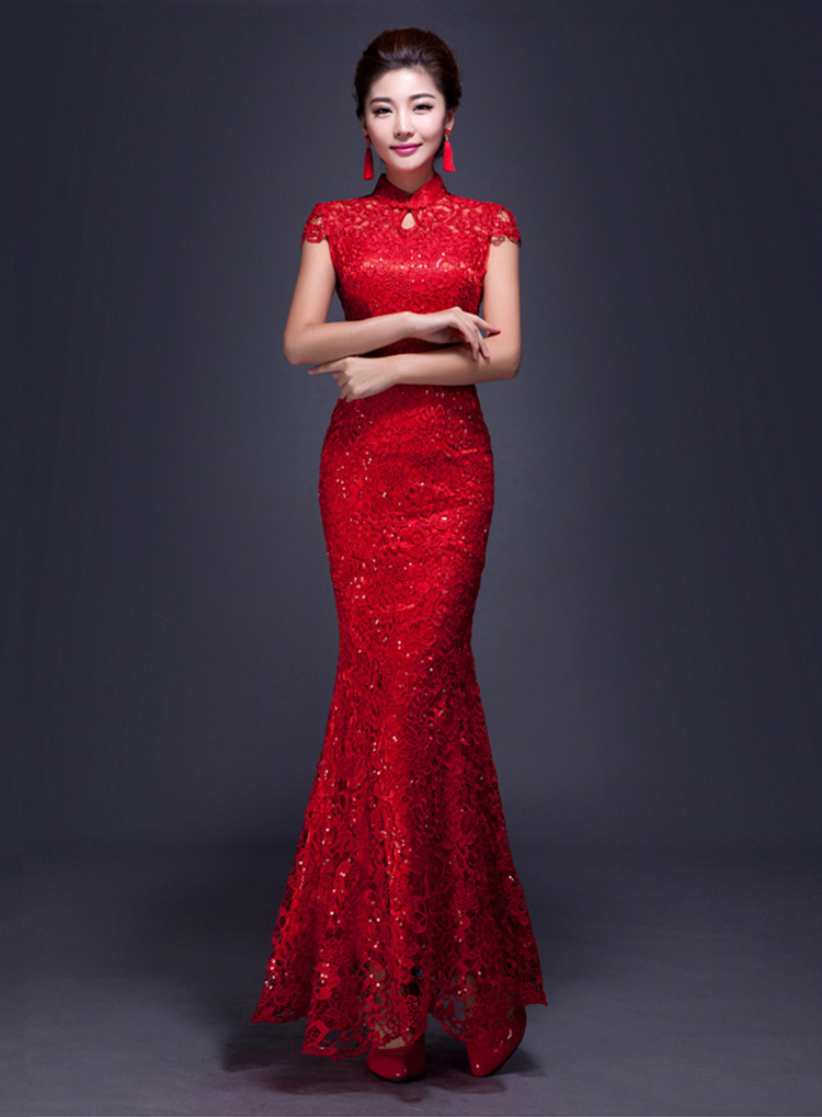 蕾丝镂空新娘晚礼服欣赏