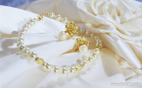 惊艳四座的婚礼配饰 撩汉新娘非你莫属