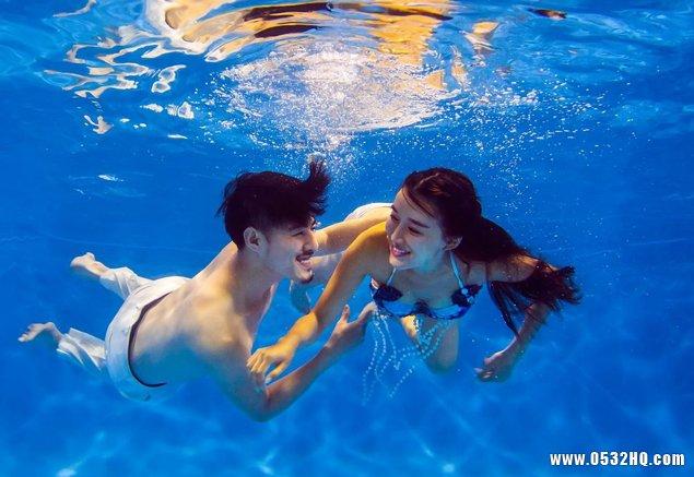 拍摄一套水下婚纱照多少钱
